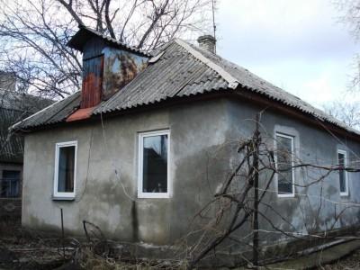 Продам будинок, район вул. рельєфною