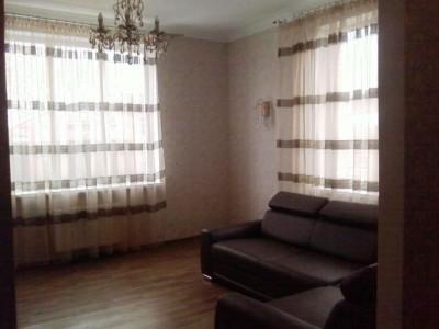 Будинок в центрі Бородінської мікрорайону
