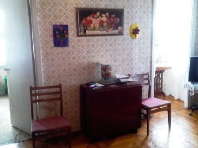 Терміново! Продам 3-кімнатну квартиру вул. Комарова, район технікуму