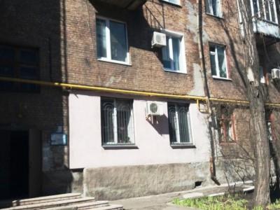 Продам 2-к повнометражну квартиру, Пр.Металургів (нижче пр.Соборності)
