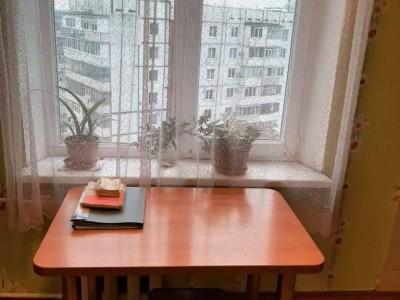 Продам 1-кімн.квартиру, вул. Шкільна (Героїв Сталінграда)