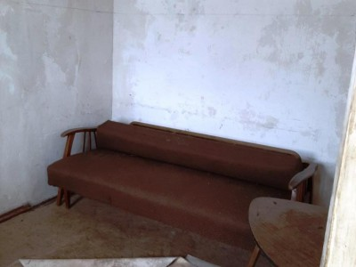 Продам 1/2 частину будинку в Комунарському р-ні, р-н вул. Барикадна