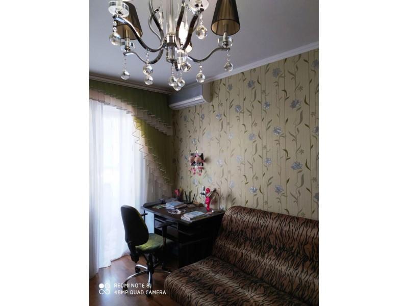 Продам 1-кімн.квартиру в Хортицькому р-ні, вул. Калнишевського