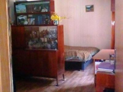 Продам частину будинку Олександрівський район, р-н театру ім. Магара