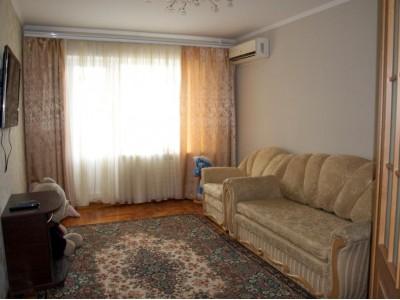 Продам 3-к квартиру, вул. Вороніна
