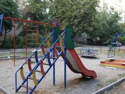 Продам 2-к квартиру, Олександрівський район, р-н пл. свободи