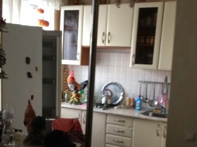 Продам 2-кімн.квартиру в р-ні ТЦ Україна, пр. Соборний
