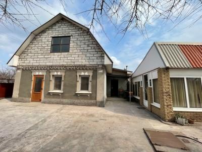 Продам два будинки на ділянці, Зелений Яр, вул. Ігоря Сікорського