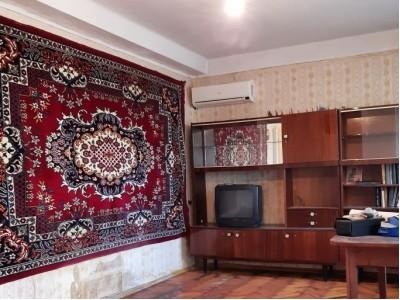 Продам 2-кiмн.квартиру в Хортицькому р-ні, вул. Задніпровська