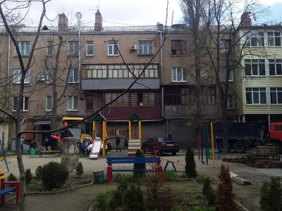 Продам 3-кiмн.квартиру в Олександрівському р-ні, р-н площі Свободи