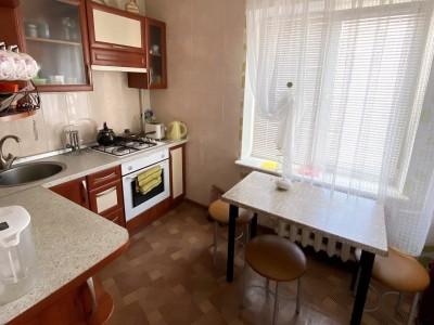 Продам 2-кiмн.квартиру в центрі Південного мкрн, вул. Новокузнецька