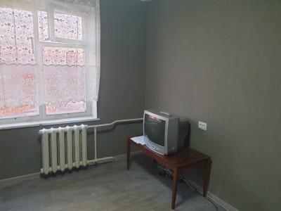 Продам кімнату в 2-комн.квартиру в Вознесенівському р-ні, вул. 12 Квітня