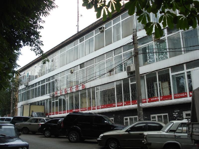 Продам окрему будівлю по вул. Ілліча, 34