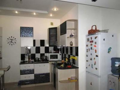 Продам 2-кімн. квартиру в Вознесенівському