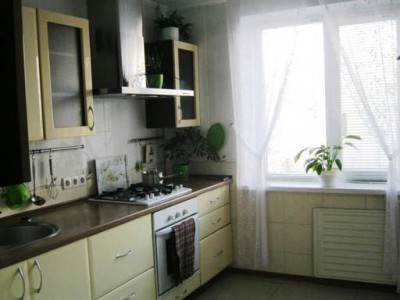 Продам 3-к квартиру Бородинський