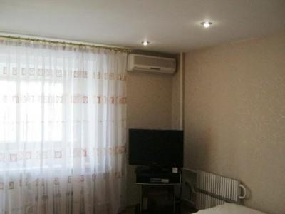 Продам квартиру в Олександрівському