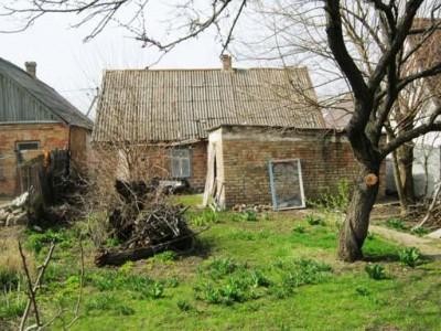 Продам будинок, центр смт Балабине