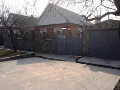 Продам будинок в Шевченківському районі по вул. харчовий